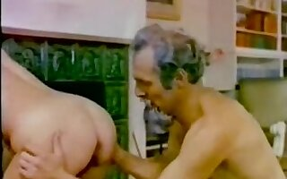 Hot old man fucks a young girl in vintage porno