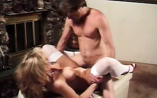 Gorgeous blonde slut moans as her experienced ass gets plowed